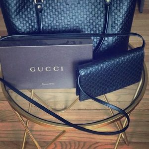 Gucci tote and matching wallet!